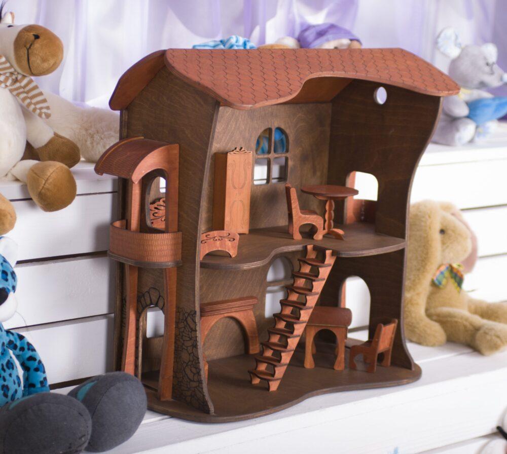 Домик игрушечный