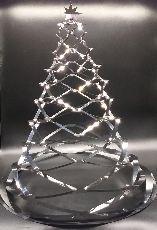 Елка металлическая