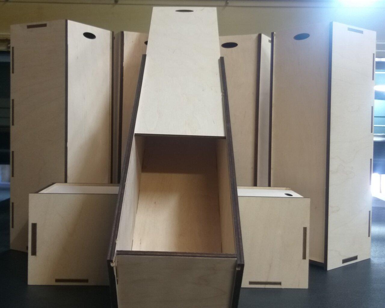 Коробка для вина из дерева